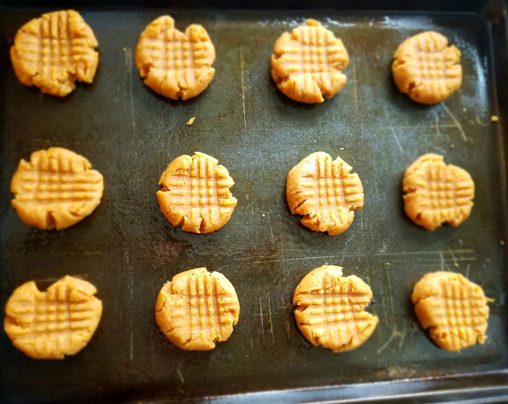 Healthy Peanut Butter Cookies - Chickpeas make for a healthy cookie base that's packed with peanut butter flavor.