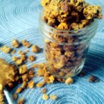 Homemade Peanut Butter Granola. Soft and chewy granola using natural ingredients and is packed with peanut butter goodness makes for a perfect snack for traveling during the holidays