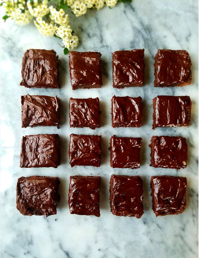 Dark Chocolate Chunk Healthy Brownies