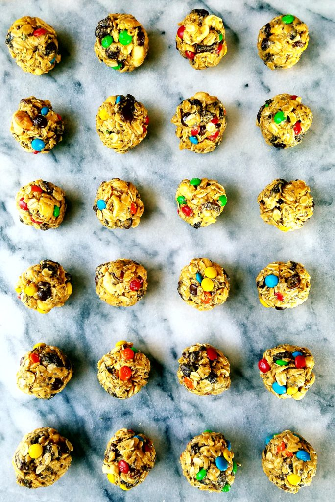 These protein bites are an easy no bake snack to enjoy any time.