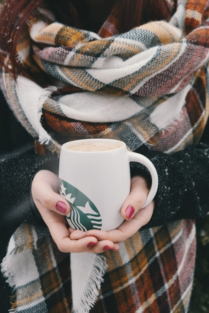 The PSL from Starbucks that continues to rock the fall season. The flavors of pumpkin spice are warm and inviting and perfect for fall.