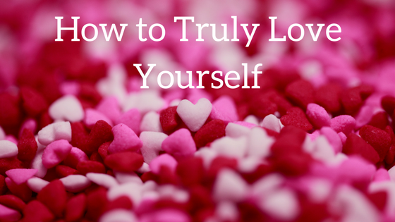 Learn how to truly love yourself. Five steps to show yourself love. Ways to love yourself from the inside out. #selfcare
