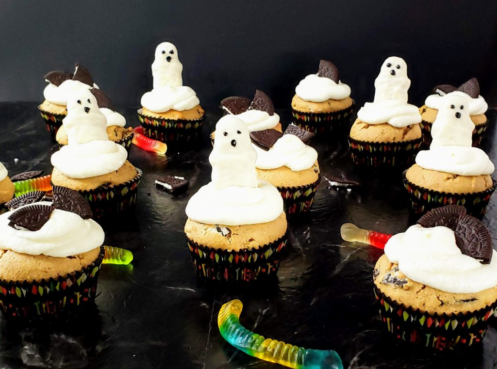 ghosts and cookies and cream cupcakes