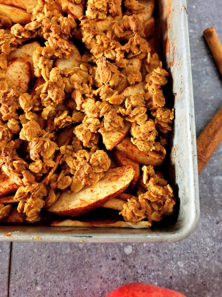 healthy apple crisp in a pan