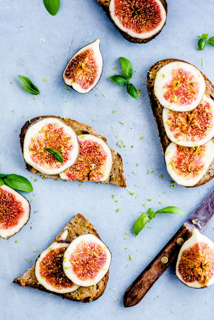 slices of toast covered with sliced figs