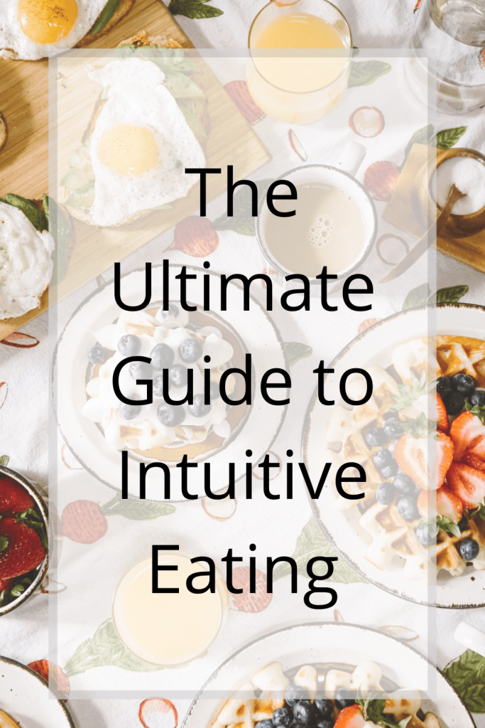 The ultimate guide to intuitive eating will show you how to finally ditch your diet and still lose weight. | Intuitive eating and weight loss | How to eat intuitively | Mindful eating tips and tricks | Intuitive eating program. #intuitiveeating #holidayeating #healthyholidaytips #howtoeatintuitvely