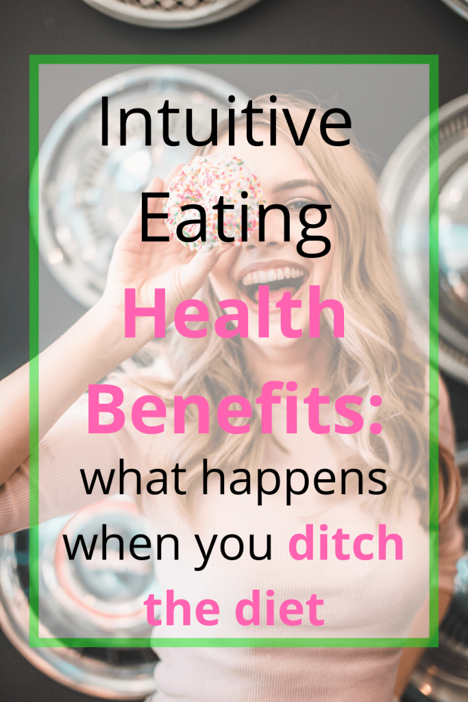 There are many benefits to ditching your diet and making the switch to intuitive eating. Your mindset around weight loss is key, and connecting food, body and mind together will help you achieve your weight loss goals. Read these weight loss tips here. #intuitiveeatingtips #mindfuleatingguide #howtoeatmindfully #weightlosstricks #intuitiveeatinghelp #mindfulness